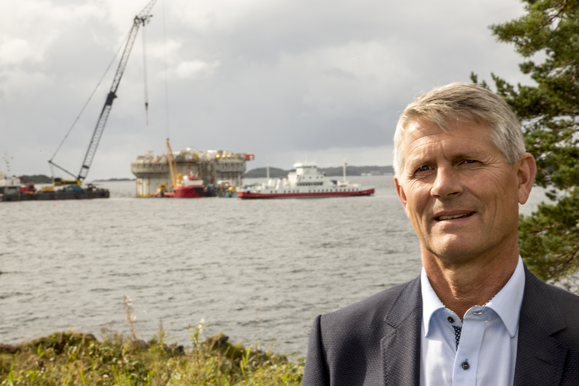 Biggest job. Torolf Christensen is Equinor's project director for the Aasta Hansteen platform. Viewed overall, this is the biggest job he has tackled in his career. He reports heavy pressure from outside interests, particularly in northern Norway.