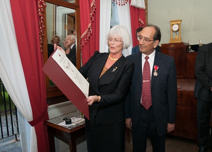 County Governor Tora Aasland and Farouk Al-Kasim